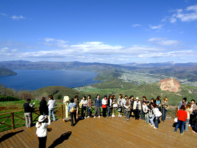 U Lake Shikotsu and Lake Toya Tour(Multilingual Audio Tour)